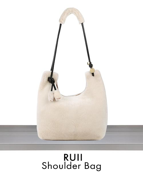 RUII Shoulder Bag